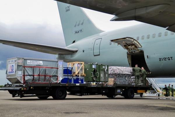 FAB transporta material para assistência aos venezuelanos