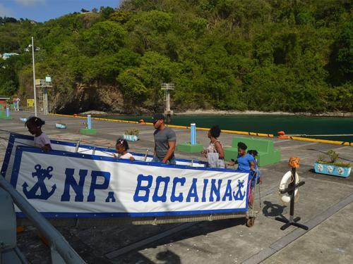 """Navios da """"Caribex 2018"""" recebem autoridades civis e abrem para visitação em São Vicente e Granadinas"""