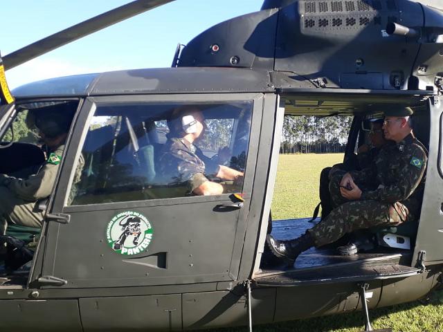 3º Batalhão de Aviação do Exército transporta comitiva para validação do Sistema Integrado de Monitoramento de Fronteiras
