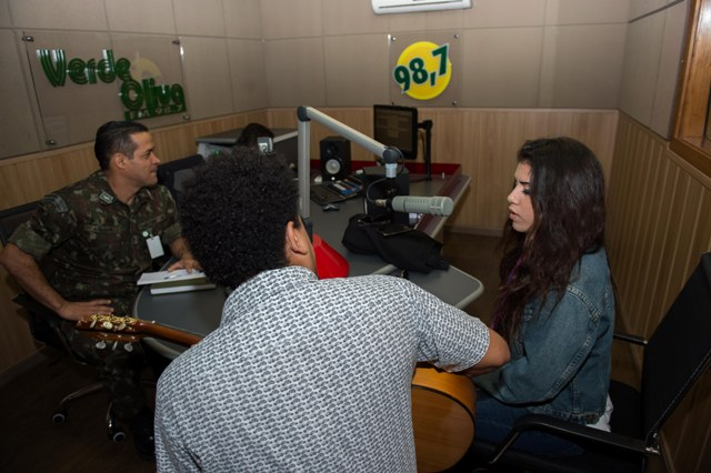 Ao completar 16 anos, Rádio Verde-Oliva FM chega à Amazônia, levando jornalismo e entretenimento