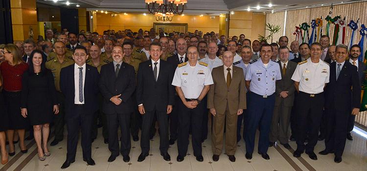 Ministério celebra 19 anos comandando o esforço integrado em defesa da soberania do País