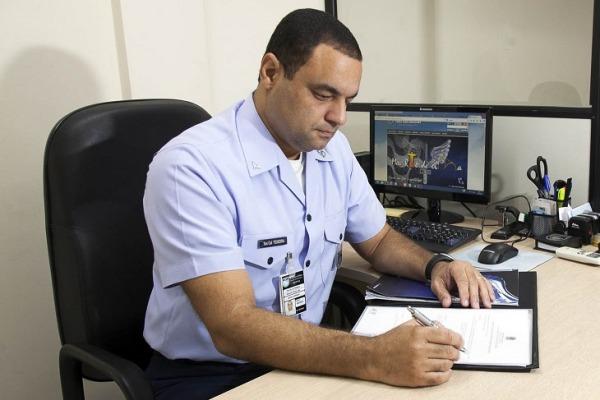 Unidades da FAB e ANAC debatem segurança operacional do espaço aéreo