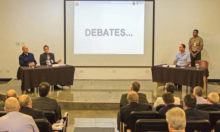 10º Fórum da Indústria de Defesa debate sobre o futuro da tecnologia estratégica