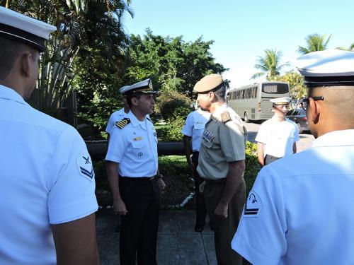 Centro de Adestramento Almirante Marques de Leão recebe visita do Curso de Estado-Maior das Forças Armadas da Espanha