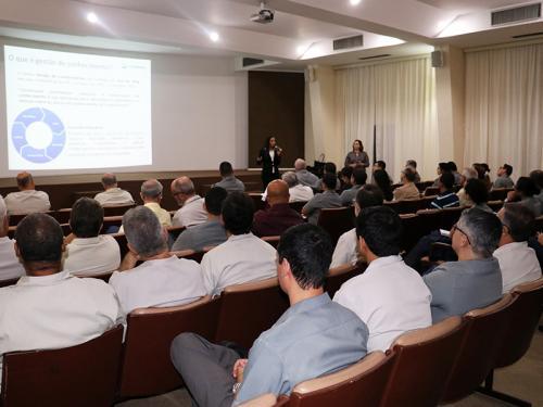 Arsenal de Marinha promove palestra sobre gestão do conhecimento
