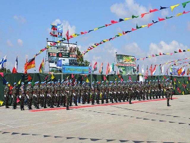 8º Contingente do Exército Brasileiro na UNIFIL participa de cerimônia de entrega de Medalha em Batalhão do Nepal