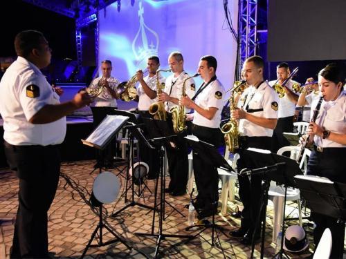 """Comando do 8º Distrito Naval participa da abertura da """"45ª Semana Internacional de Vela de Ilhabela"""""""