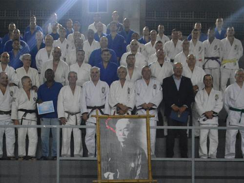Escola Naval recebe os ex-atletas da Equipe de Judô