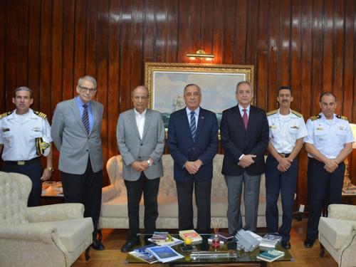 Ex-Comandante da Marinha visita a Diretoria-Geral de Desenvolvimento Nuclear e Tecnológico da Marinha