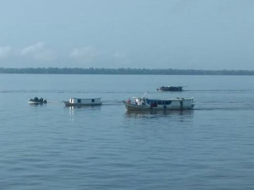 Marinha apreende cinco embarcações por transporte ilegal de passageiros, em Santana-AP