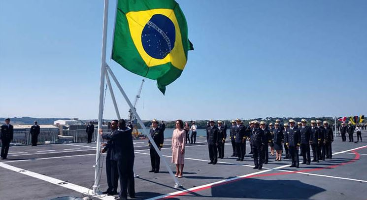 Porta-Helicópteros Multipropósito Atlântico é incorporado à Marinha do Brasil