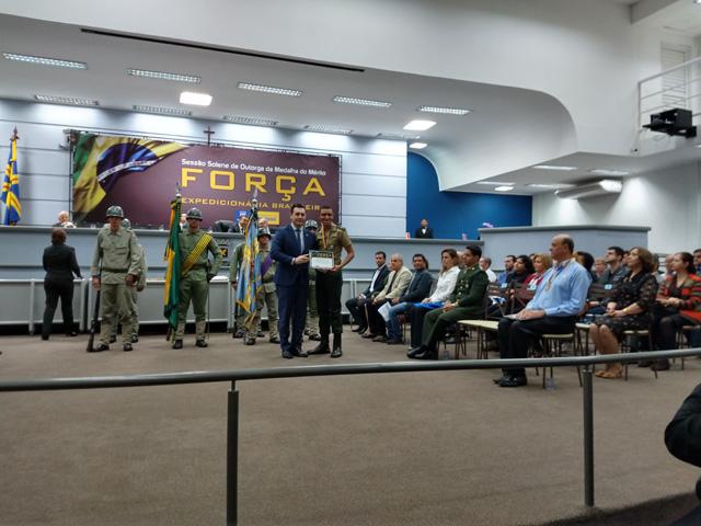 Subunidade é agraciada com Medalha da Força Expedicionária Brasileira