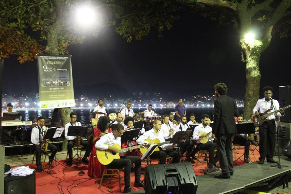 Orquestra Violões do Forte de Copacabana completa 7 anos
