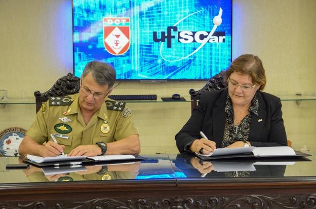 Acordo de cooperação entre Exército e Universidade Federal de São Carlos apoia pesquisa e capacitação