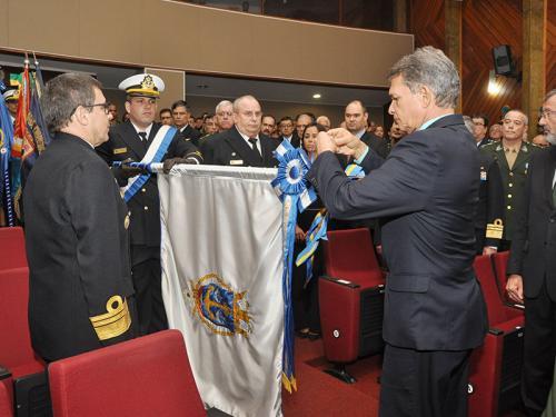 Arsenal de Marinha é agraciado com a Medalha Marechal Cordeiro de Farias