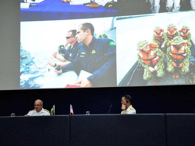 Chefe de Operações Navais dos EUA ressalta parceria estratégica com a Marinha do Brasil