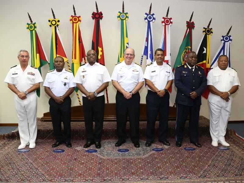 Chefes das delegações das Marinhas dos Países de Língua Portuguesa reúnem-se para a V Conferência