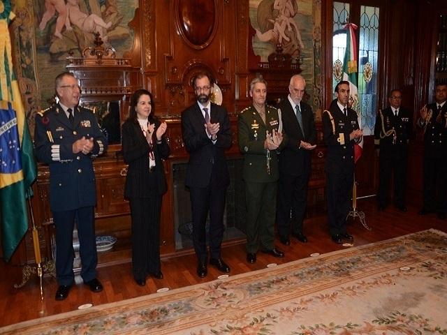 Dia do Soldado é celebrado na Embaixada do Brasil no México