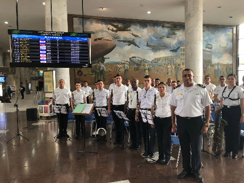 Escola Naval realiza evento musical no Aeroporto Santos Dumont