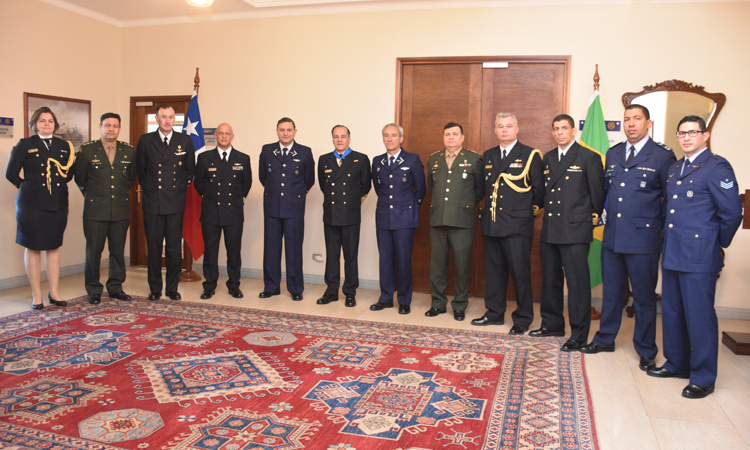 Estado-Maior Conjunto das Forças Armadas realiza reuniões bilaterais no Chile