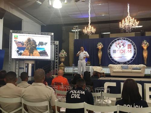 Fuzileiros Navais apresentam palestras no III Congresso Internacional sobre Desastres em Massa