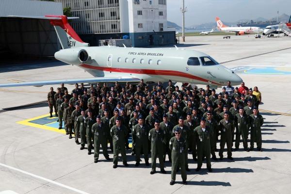 Grupo Especial de Inspeção em Voo recebe aeronave do Projeto I-X
