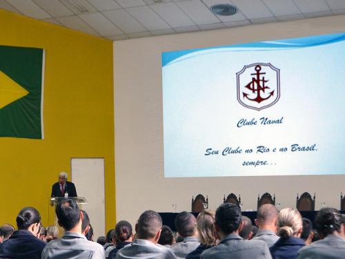 Presidente do Clube Naval palestra no Centro de Instrução Almirante Wandenkolk para os alunos do Serviço Militar Voluntário