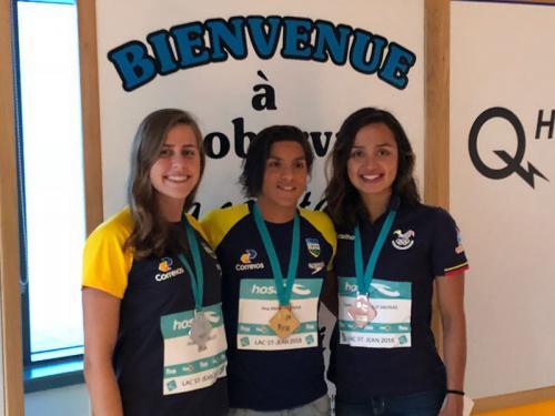 Sargento Ana Marcela conquista ouro inédito em maratona aquática