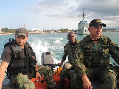 Brasil e Portugal ministram Estágio de Abordagem para Guarda Costeira de São Tomé e Príncipe