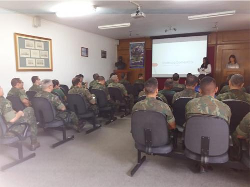 Centro de Instrução Almirante Milcíades Portela Alves promove palestra sobre violência doméstica