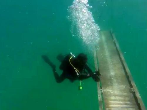 Batalhão de Engenharia de Fuzileiros Navais realiza adestramento de mergulho em Arraial do Cabo-RJ