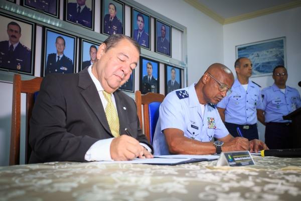 FAB assina convênio para implantação do Programa de Eficiência Energética em Roraima