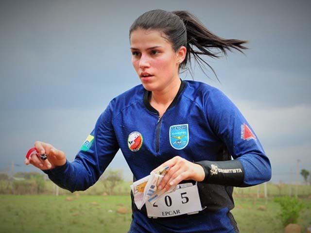 Pela 1ª vez, mulheres disputam modalidades em competição desportiva das escolas de formação de oficiais