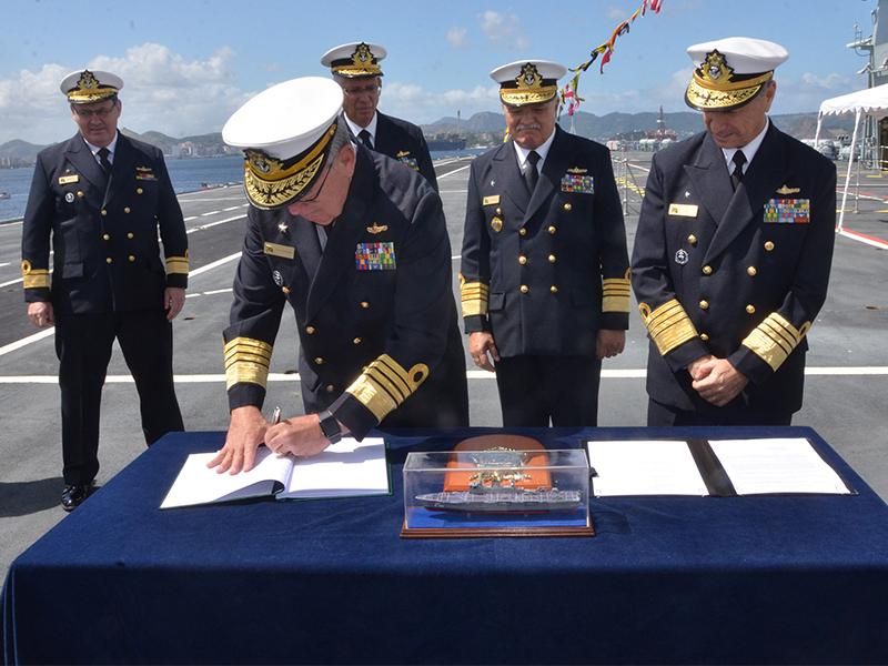 """Marinha realiza Cerimônia de Transferência de Subordinação do PHM """"Atlântico"""" para o Setor Operativo"""