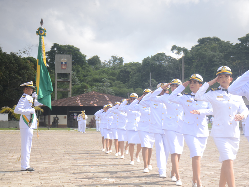 2º Batalhão de Operações Ribeirinhas incorpora oficiais e guardas-marinhas do Serviço Militar Voluntário