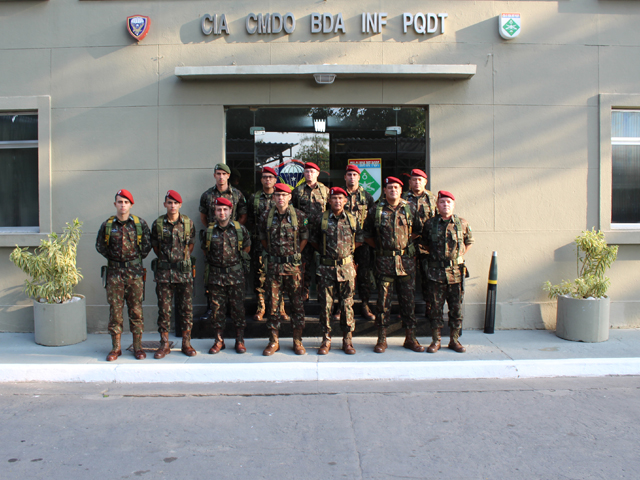 Visita do Comandante da Brigada de Infantaria Paraquedista