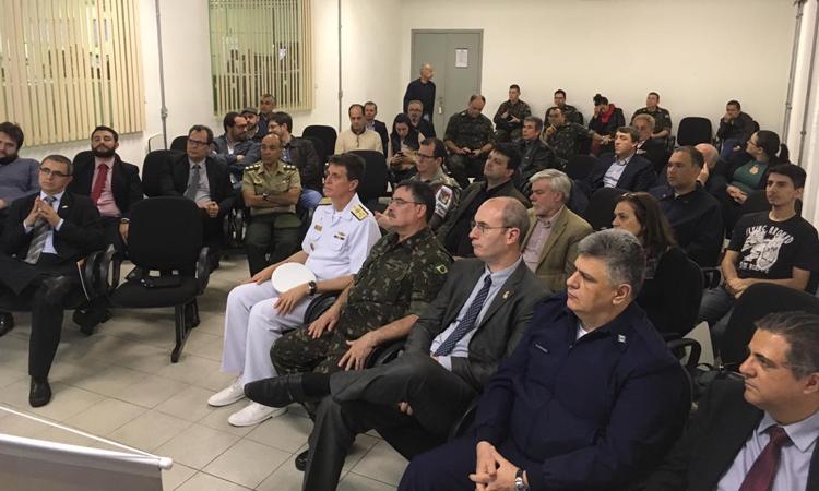 Arranjo produtivo local de Defesa e Segurança recebe visita de representante do ministério