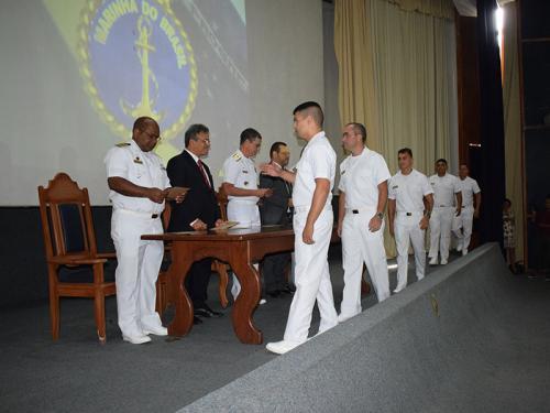Centro de Instrução Almirante Braz de Aguiar realiza Cerimônia de Formatura de Condutores de Máquina da Marinha Mercante