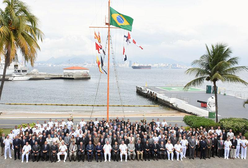 Diretoria de Hidrografia e Navegação realiza Cerimônia Militar em comemoração ao Dia do Hidrógrafo