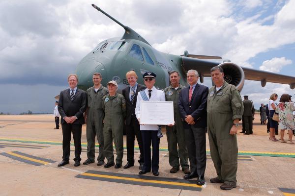 FAB entrega medalha da Ordem do Mérito Aeronáutico a 232 agraciados em Brasília
