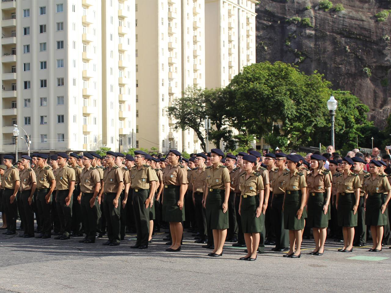 Instituto Militar de Engenharia Conquista Nota Máxima no ENADE