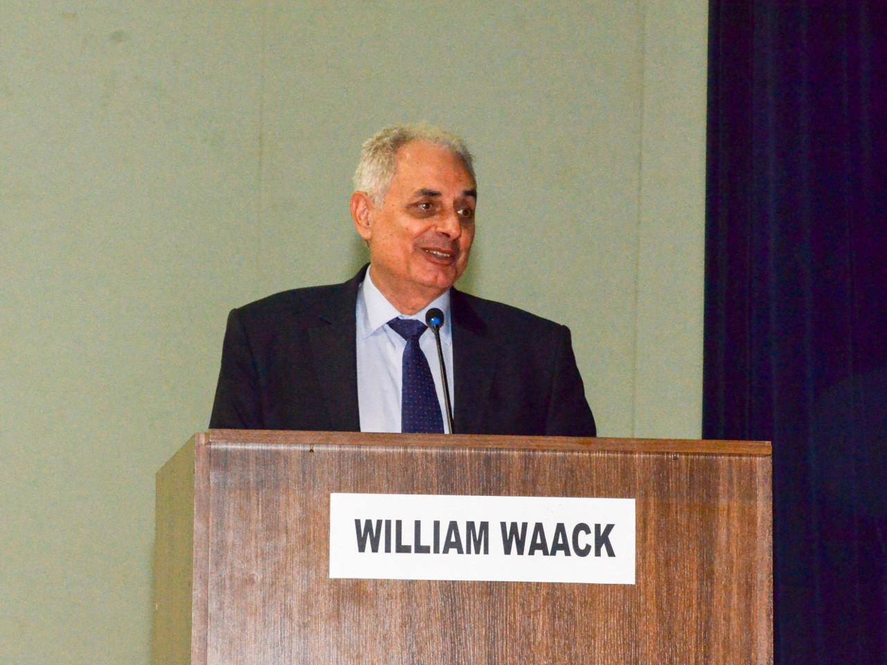 Jornalista William Waack profere palestra na AMAN sobre a liderança brasileira na América do Sul