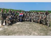Militares do