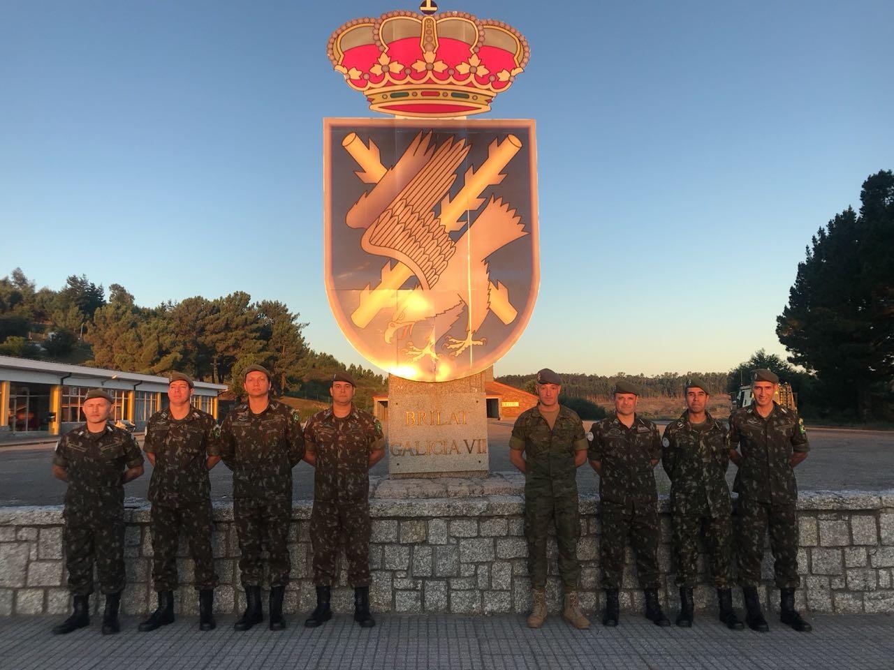 Militares brasileiros realizam adestramento junto ao Estado-Maior da Brigada Espanhola para missão da ONU