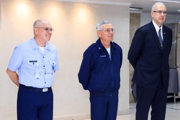 Servidores Civis da Guarnição de Brasília são homenageados