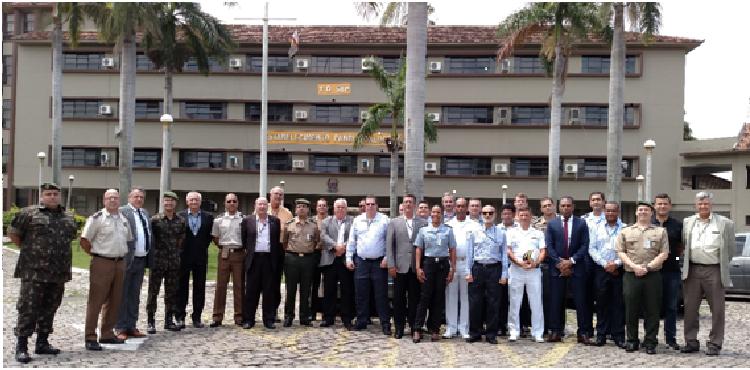 CLMN visita o quartel do 1º Depósito de Suprimento (1º D Sup)