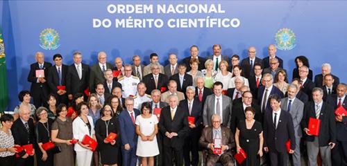 Chefes Navais são agraciados em cerimônia no Palácio do Planalto