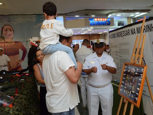 Comando do 7º Distrito Naval participa das comemorações alusivas ao aniversário de Goiânia