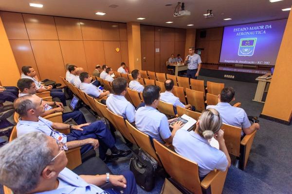 Gerentes dos projetos KC-390 e Gripen NG se reúnem em Brasília