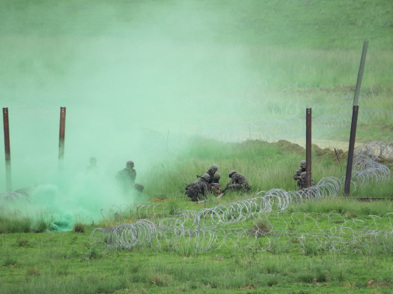 Sob perigo iminente de fogos inimigos, Engenharia garante mobilidade das tropas em terreno durante Manobra